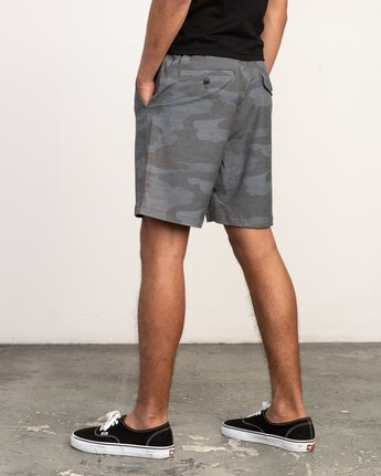 3 All Time Coastal Print Hybrid Short Black M207TRCP RVCA
