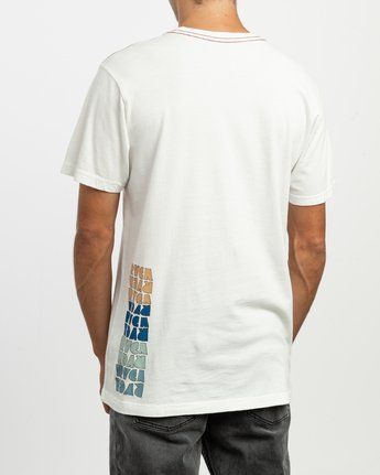 4 Perspect T-Shirt White M430TRPE RVCA