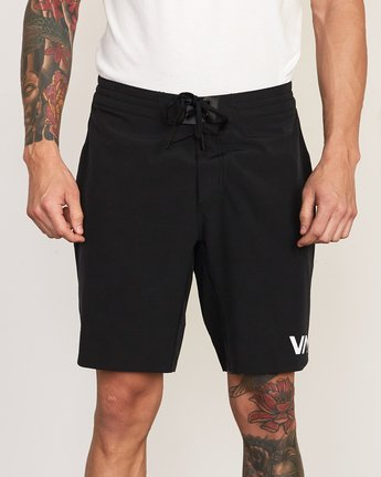 "7 Train 19"" Lined Short Black V202TRTL RVCA"