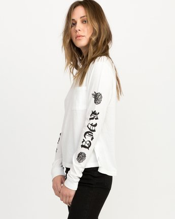 1 JeanJean Rose & Roses Long Sleeve T-Shirt White W456QRRO RVCA
